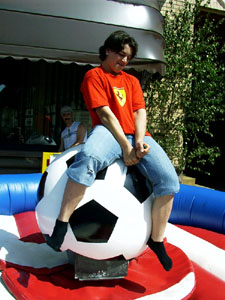 Soccer Rodeo / Ball Rodeo, Ball Riding